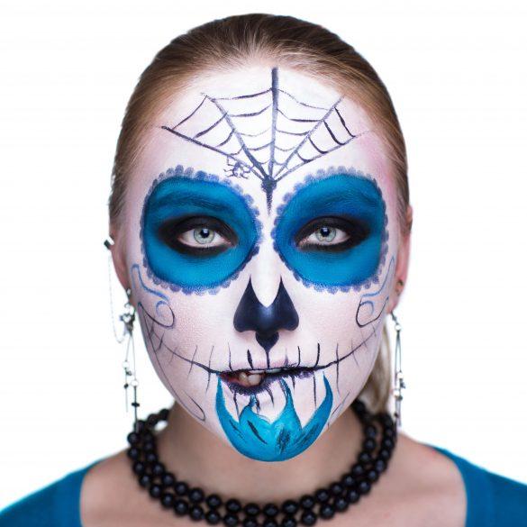 Halloween makeup and your skin