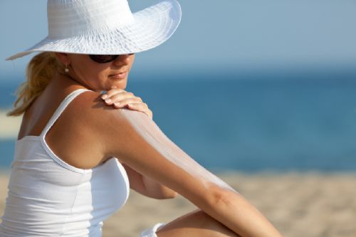 Reduce the Effects of Summer Sun on Your Skin