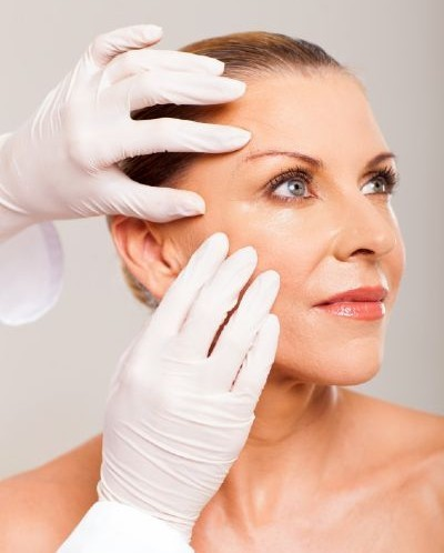 Spa Facials: Consultation and Analysis