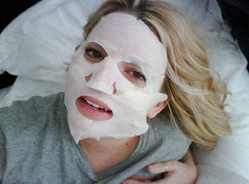 Jessica Simpson's beauty secret a face mask